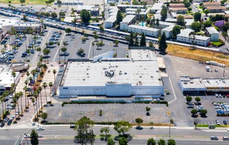 Pavilion Plaza West